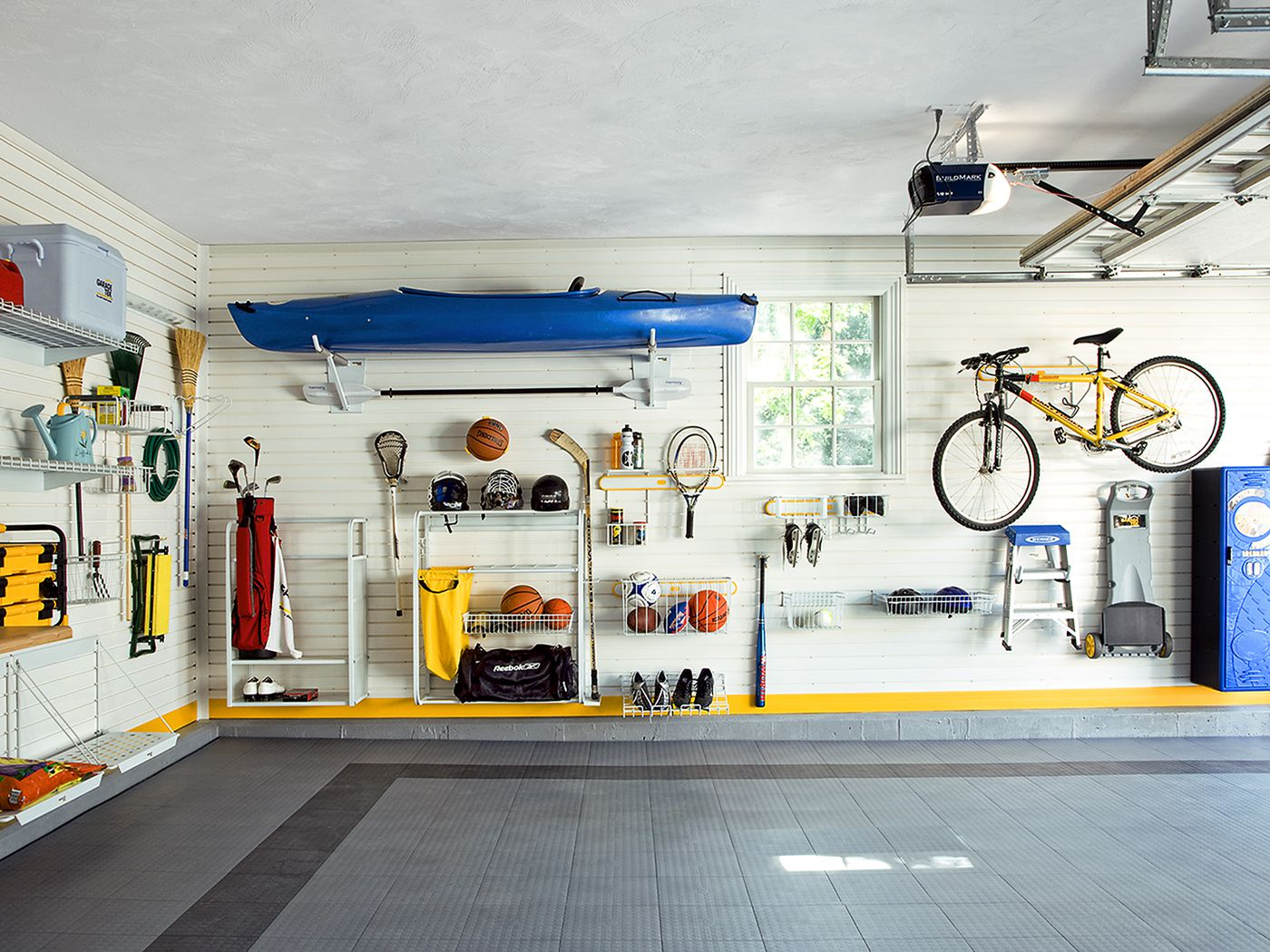 Give Your Garage The Ultimate Makeover: A How-To Guide